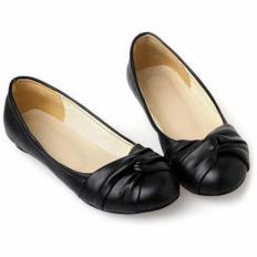 Siyah Deri Yuvarlak Burun Bayan Babet Ayakkabı 2003