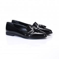 Püsküllü Siyah Rugan Bayan Ayakkabı 9093
