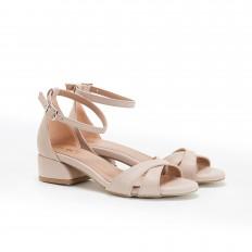 Kısa Topuklu Ten Rengi Kadın Sandalet 5059