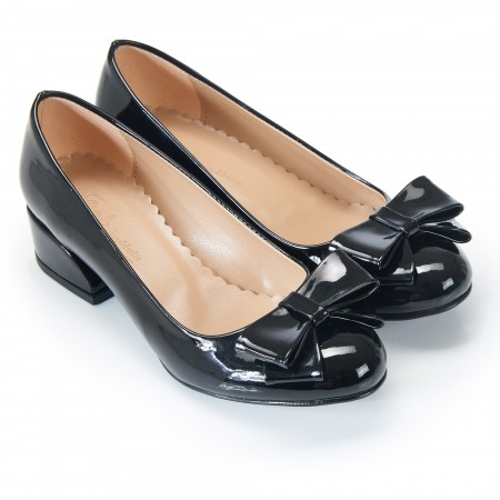 Fiyonklu Siyah Rugan Bayan Babet Ayakkabı 7049