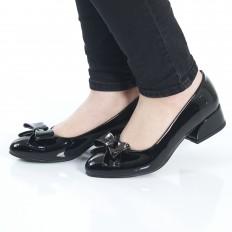 Fiyonklu Siyah Rugan Bayan Babet Ayakkabı 4049